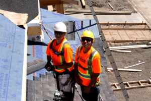 Optimum Team-roofers in Regina