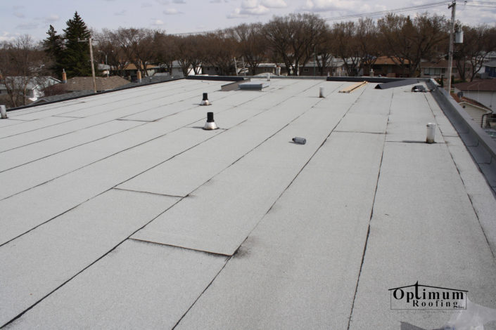 Flat roofers in Saskatchewan