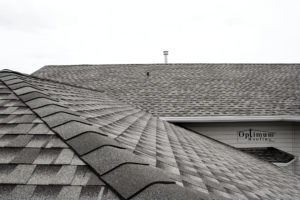 Shingle roofing company in Regina